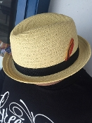 Center Crease Stingy Brim Breathable Straw Hat Beige